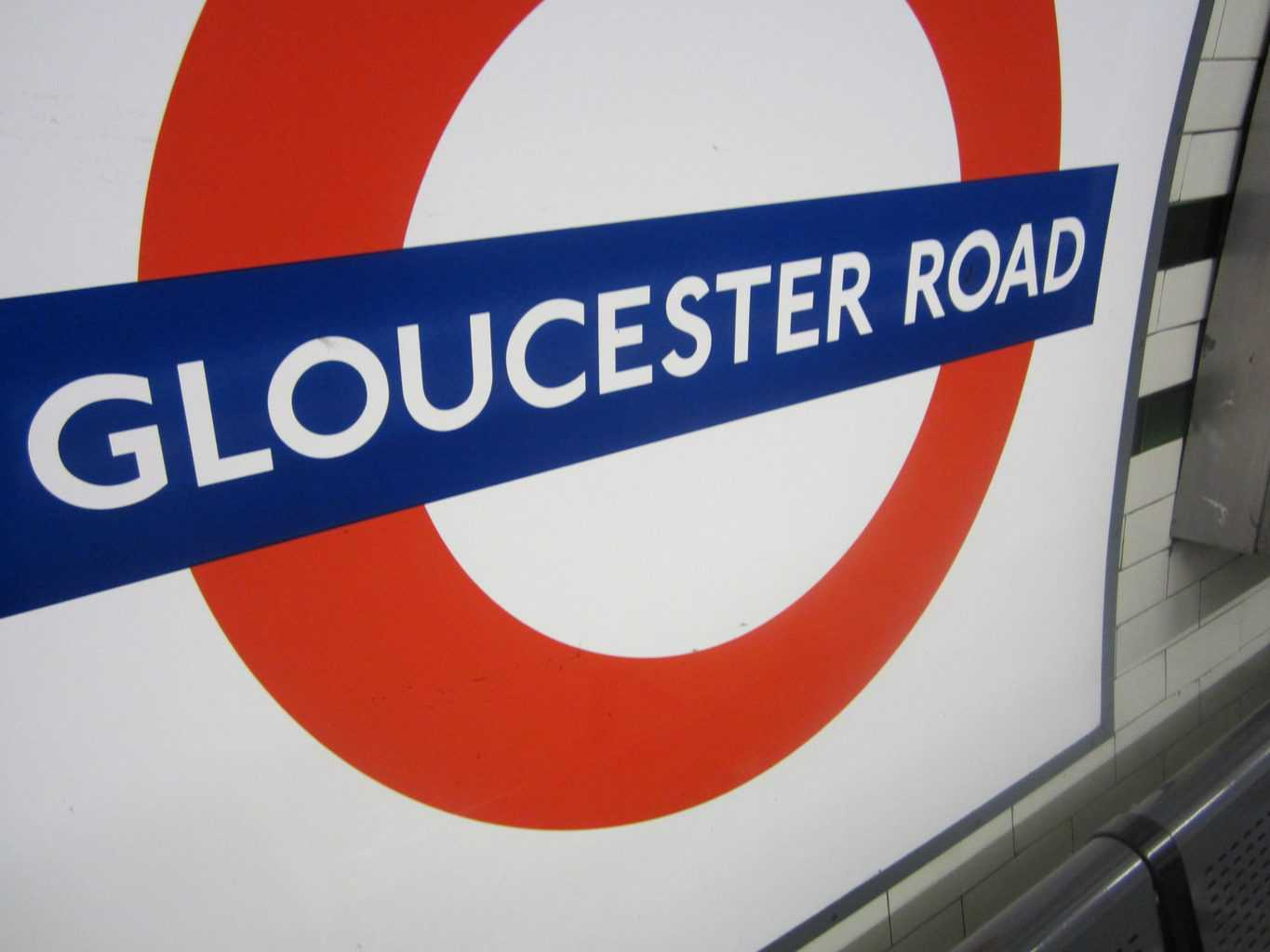 Gloucester Road tube station sign