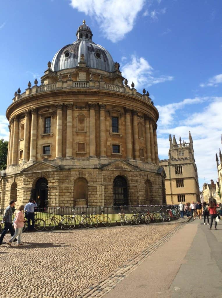 radcliffe-square-in-oxford