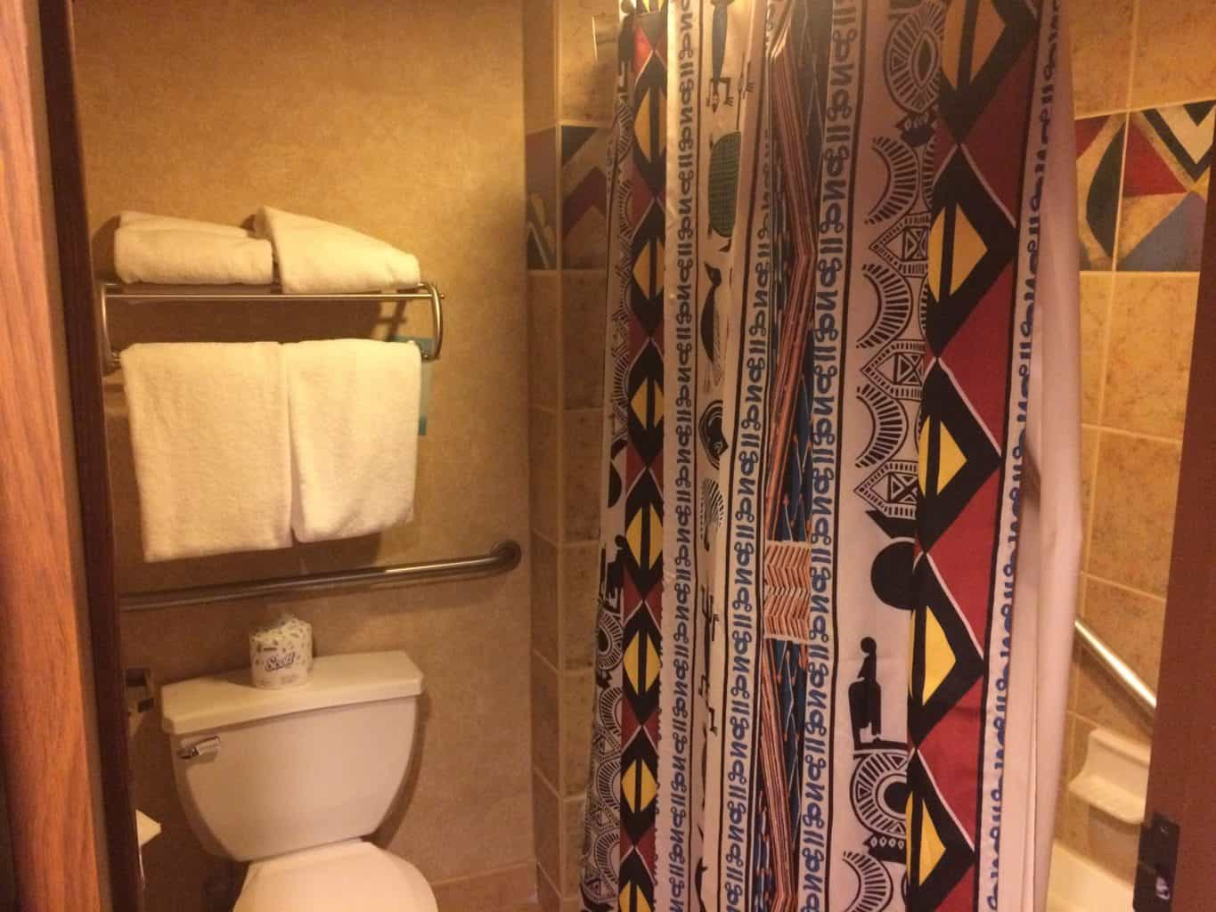 bathroom-at-animal-kingdom-lodge