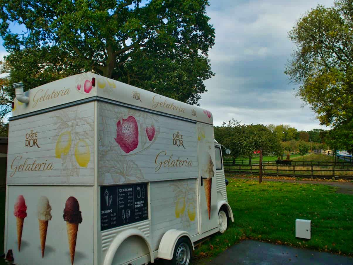 Ice cream van in the middle of Whipsnade Zoo