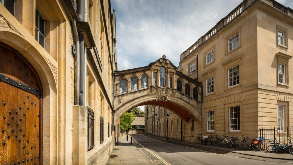 Arch bridge in Oxford