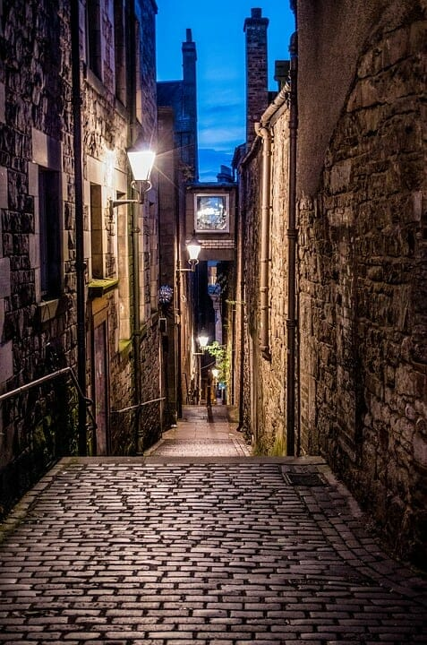 Edinburgh street at night with lamp