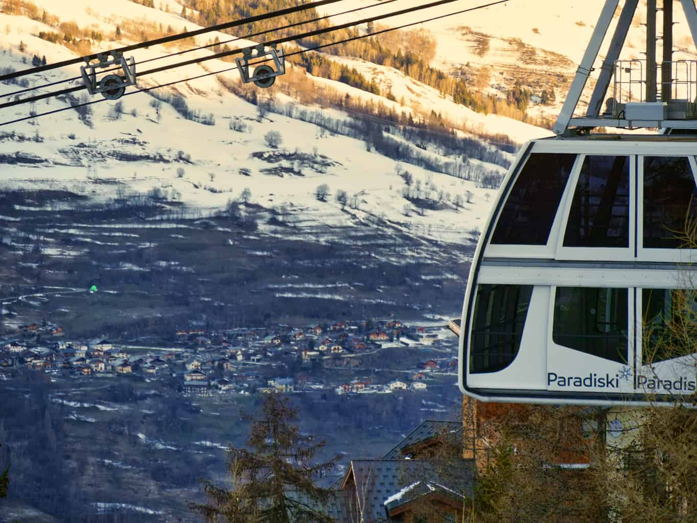 Vanoise Express gondola with French Alp mountains in background