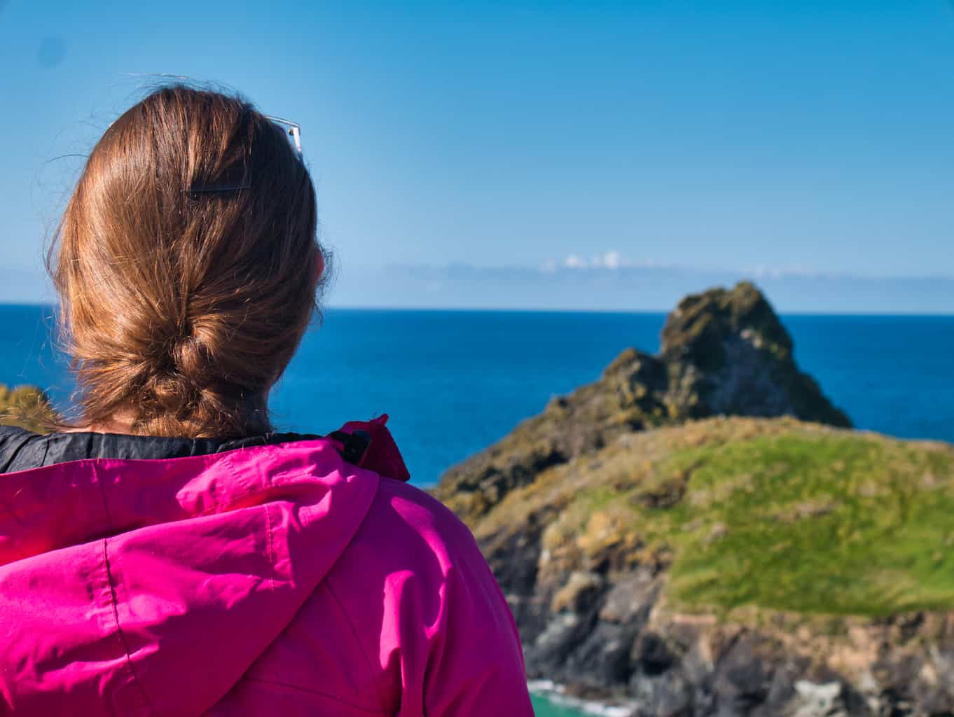 Kalyn looking out over Kynance Cove