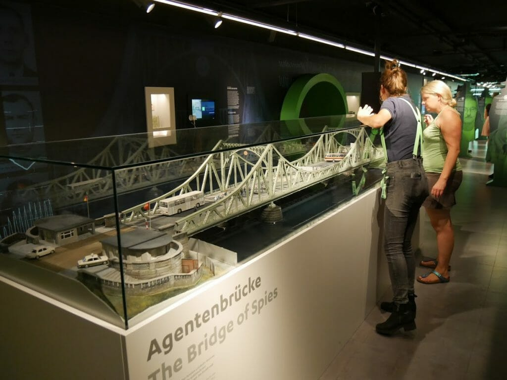 A model of The Bridge of Spies at the German Spy Museum, Berlin
