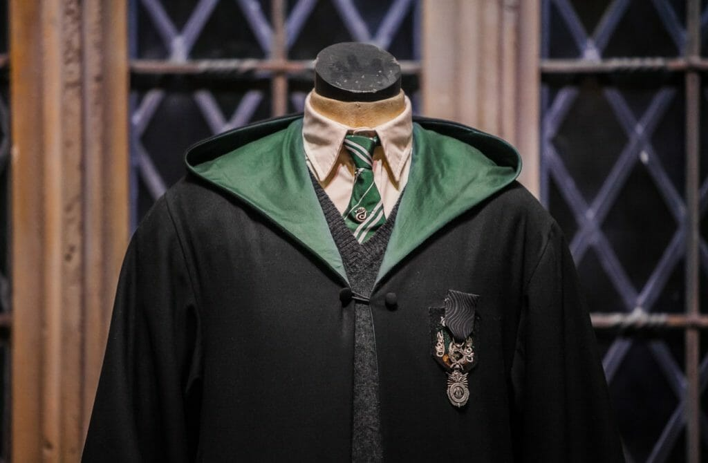 A costume for the Slytherin House from the Harry Potter Studio Tour