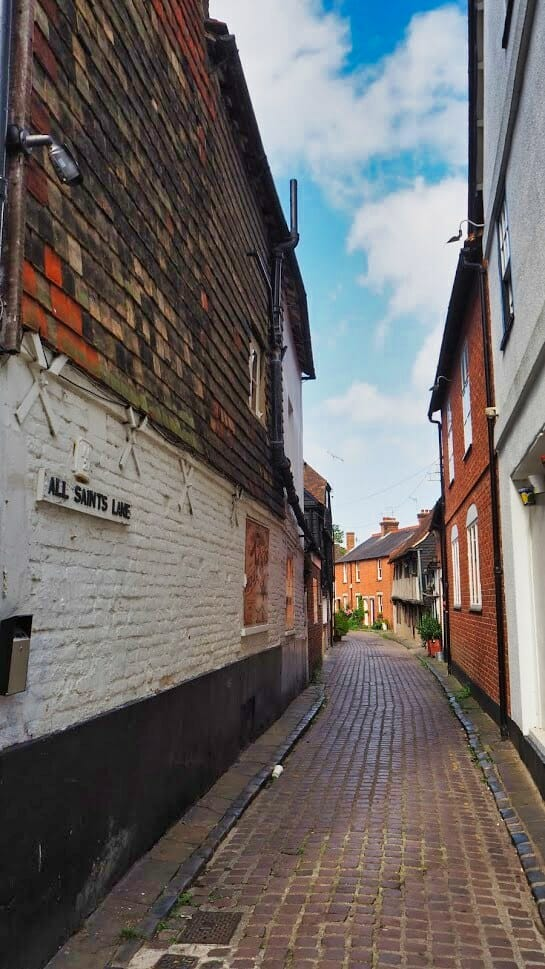 An alleyway in Canterbury